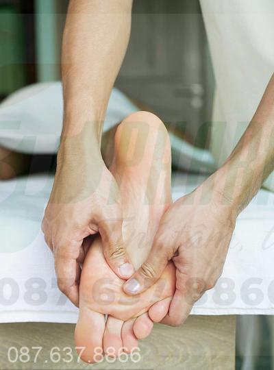 Chứng đổ mồ hôi chân và cách chữa trị 1