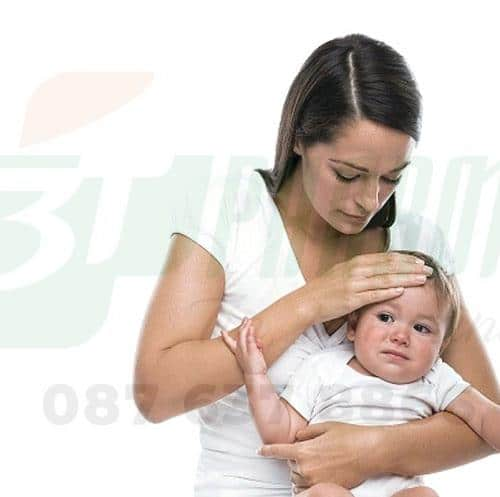 Trẻ đi ngoài ra máu nguyên nhân và triệu chứng bệnh gì? 1