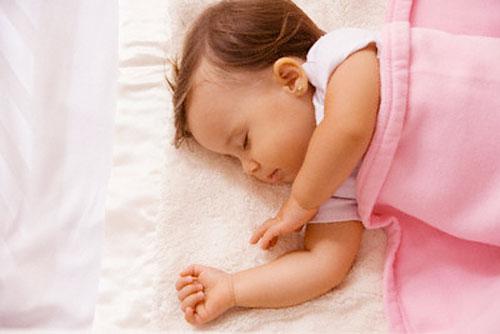 Do môi trường ngủ của bé 1