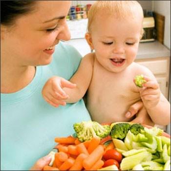Trẻ bị táo bón nên ăn uống thế nào? 1