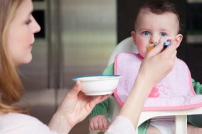 Một số món ăn tốt cho trẻ ra nhiều mồ hôi 1