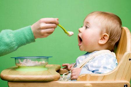 Cách chữa táo bón ở trẻ 4 tuổi