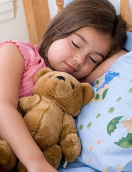 Giúp bé ngủ ngon giấc hơn
