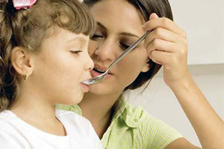 Lưu ý khi dùng thuốc ho cho trẻ em