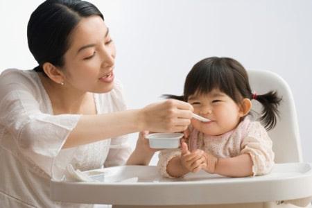 Trẻ suy dinh dưỡng do chế độ ăn không hợp lý