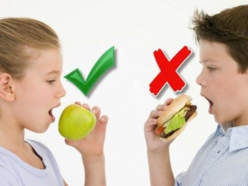 Thực phẩm nên cho trẻ tránh xa