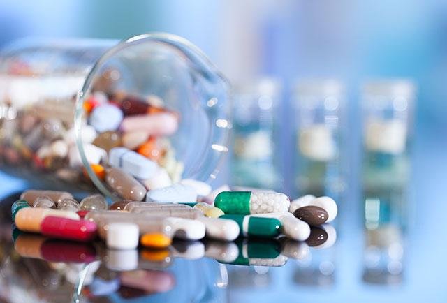 Lợi Bất Cập Hại Của Việc Sử Dụng Thuốc Tây Y Trị Đái Dầm Cho Trẻ